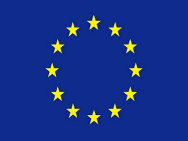 सवै स्मार्ट फोनको एउटै चार्जर बनाउन युरोपेली संघको दवाव